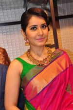 Raashi Khanna Inagurated R.S Brothers at Kothapet on 2nd Sept 2016 (614)_57c9a5f9011fb.JPG