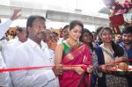 Raashi Khanna Inagurated R.S Brothers at Kothapet on 2nd Sept 2016 (331)_57c9a1d63a9e6.JPG