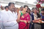 Raashi Khanna Inagurated R.S Brothers at Kothapet on 2nd Sept 2016 (332)_57c9a1d86543e.JPG