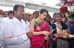 Raashi Khanna Inagurated R.S Brothers at Kothapet on 2nd Sept 2016 (333)_57c9a1daa67a6.JPG