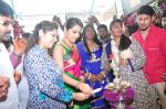 Raashi Khanna Inagurated R.S Brothers at Kothapet on 2nd Sept 2016 (348)_57c9a2114115b.JPG