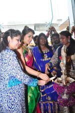 Raashi Khanna Inagurated R.S Brothers at Kothapet on 2nd Sept 2016 (362)_57c9a24442c6e.JPG