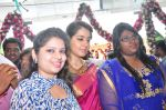 Raashi Khanna Inagurated R.S Brothers at Kothapet on 2nd Sept 2016 (374)_57c9a27206a22.JPG