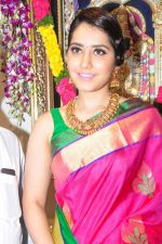 Raashi Khanna Inagurated R.S Brothers at Kothapet on 2nd Sept 2016 (387)_57c9a2a5390f9.JPG