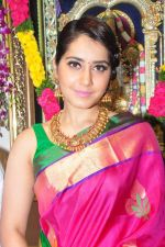 Raashi Khanna Inagurated R.S Brothers at Kothapet on 2nd Sept 2016 (404)_57c9a2e84700c.JPG