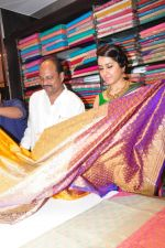 Raashi Khanna Inagurated R.S Brothers at Kothapet on 2nd Sept 2016 (524)_57c9a4f29cba8.JPG