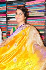 Raashi Khanna Inagurated R.S Brothers at Kothapet on 2nd Sept 2016 (527)_57c9a4fb66150.JPG