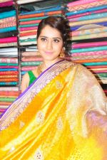 Raashi Khanna Inagurated R.S Brothers at Kothapet on 2nd Sept 2016 (538)_57c9a51b0b484.JPG
