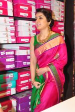 Raashi Khanna Inagurated R.S Brothers at Kothapet on 2nd Sept 2016 (563)_57c9a559a1928.JPG