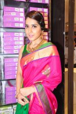 Raashi Khanna Inagurated R.S Brothers at Kothapet on 2nd Sept 2016 (571)_57c9a56d7f1bd.JPG