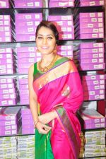 Raashi Khanna Inagurated R.S Brothers at Kothapet on 2nd Sept 2016 (575)_57c9a57ba5464.JPG