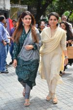 Raveena Tandon at event where toilets for police were launched on 2nd Sept 2016 (9)_57c99cbf4d79f.JPG