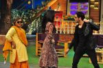 Sidharth Malhotra, Katrina Kaif on the sets of The Kapil Sharma Show on 1st Sept 2016 (205)_57c97356a1820.JPG