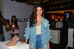 Amyra Dastur at Aldo launch in Mumbai on 2nd Sept 2016 (107)_57ca7a50a6177.JPG