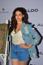 Amyra Dastur at Aldo launch in Mumbai on 2nd Sept 2016 (115)_57ca7a6222f1f.JPG