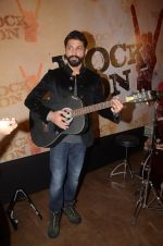 Farhan Akhtar at Rock On 2 trailer launch on 2nd Sept 2016 (9)_57cac1b2bbfa2.JPG