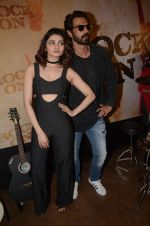 Prachi Desai, Arjun Rampal at Rock On 2 trailer launch on 2nd Sept 2016 (73)_57cac0e268e15.JPG