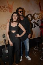 Prachi Desai, Arjun Rampal at Rock On 2 trailer launch on 2nd Sept 2016 (75)_57cac0e401677.JPG