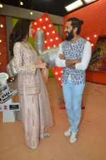 Riteish Deshmukh, Nargis Fakhri promote Banjo on the sets of voice of india kids on 2nd Sept 2016 (11)_57cacd051313a.jpg