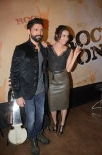 Shraddha Kapoor, Farhan Akhtar at Rock On 2 trailer launch on 2nd Sept 2016 (49)_57cac1b7d5009.JPG