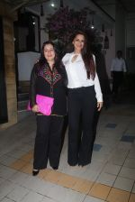 Sonali Bendre at Dipti Sandesara_s bash on 2nd Sept 2016 (32)_57ca7ca19e2bf.JPG