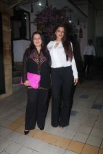 Sonali Bendre at Dipti Sandesara_s bash on 2nd Sept 2016 (44)_57ca7cb48f737.JPG