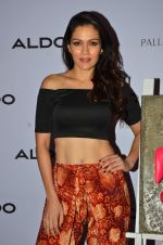 Waluscha de Sousa at Aldo launch in Mumbai on 2nd Sept 2016 (101)_57ca7ab7189f2.JPG