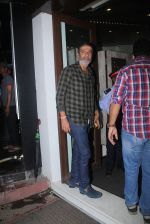 Chunky Pandey snapped at Baba Dewan_s bash on 3rd Sept 2016 (35)_57cc5b27b9586.JPG