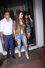 Malaika Arora Khan snapped at Baba Dewan_s bash on 3rd Sept 2016 (5)_57cc5b649a3a5.JPG