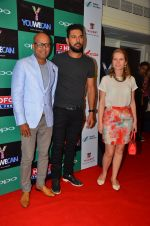 Yuvraj Singh at You We Can Label launch with Shantanu Nikhil collection on 3rd Sept 2016 (214)_57cc6111b5972.JPG