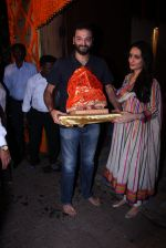 Anu Dewan and Sunny Dewan snapped as they got there ganpati on 4th Sept 2016 (16)_57cd62d40d1b4.JPG