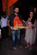 Anu Dewan and Sunny Dewan snapped as they got there ganpati on 4th Sept 2016 (20)_57cd62d814c21.JPG