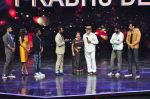 Remo D Souza, Sonu Sood, Prabhu Deva on the sets of Star Plus_s Dance Plus on 4th Sept 2016 (46)_57cd638fa332f.JPG