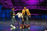 Sonu Sood on the sets of Star Plus_s Dance Plus on 4th Sept 2016 (11)_57cd63b3d2e64.JPG