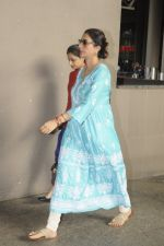 Tabu snapped at airport on 4th Sept 2016 (13)_57cd628e83772.JPG