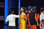 on the sets of Star Plus_s Dance Plus on 4th Sept 2016 (15)_57cd6338033b8.JPG