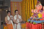 Jeetendra and Tusshar Kapoor Ganpati celebration on 5th Sept 2016 (26)_57ce68c13e5ec.JPG