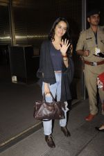 Shraddha Kapoor snapped at airport on 5th Sept 2016 (36)_57ce6a6e23bc6.JPG