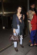 Shraddha Kapoor snapped at airport on 5th Sept 2016 (37)_57ce6a6fed66e.JPG