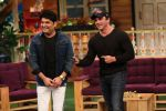 Sohail Khan shares a fun moment with Kapil on the sets of The Kapil Sharma Show_57ce70e8bc413.jpg