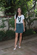 Amy Jackson at Freaky Ali promotions in Mumbai on 6th Sept 2016 (29)_57cfb644906d8.JPG