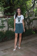 Amy Jackson at Freaky Ali promotions in Mumbai on 6th Sept 2016 (31)_57cfb6509cc13.JPG