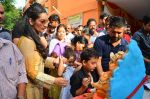 Manyata Dutt_s Ganpati Visarjan on 6th Sept 2016 (22)_57cfb5db662ad.JPG