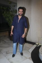 Shekhar Ravjiani at Manish Malhotra_s Ganpati Visarjan on 6th Sept 2016 (55)_57cfb70ec692e.JPG
