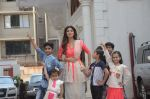 Shilpa Shetty Ganpati visarjan on 6th Sept 2016 (150)_57cfb8c504974.JPG