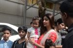 Shilpa Shetty Ganpati visarjan on 6th Sept 2016 (197)_57cfb91f4619e.JPG