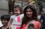 Shilpa Shetty Ganpati visarjan on 6th Sept 2016 (219)_57cfb9444dc52.JPG