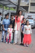 Shilpa Shetty Ganpati visarjan on 6th Sept 2016 (23)_57cfb824ac219.JPG