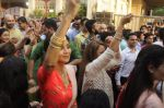 Shilpa Shetty Ganpati visarjan on 6th Sept 2016 (33)_57cfb9f42144d.JPG