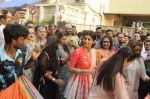 Shilpa Shetty Ganpati visarjan on 6th Sept 2016 (38)_57cfb9faddc59.JPG